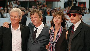Heath Ledger - Ledger (rightmost) posing with the cast and the director of I'm Not There at the 64th Venice Film Festival in September 2007.