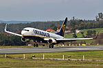 EI-DLB 737 Ryanair SCQ.jpg