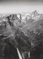 ETH-BIB-Touranache, Breil, Matterhorn von Süden-LBS H1-020617-AL.tif
