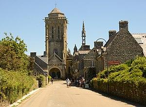 Locronan - The St Ronan church at Locronan.