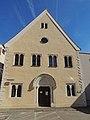 Ehemalige Johanniterordenskirche St. Leonhard Regensburg St.-Leonhards-Gasse 1 D-3-62-000-1027 01 Kirche Eingang.jpg