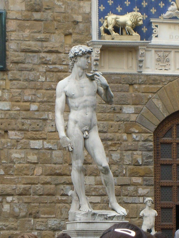 Michelangelo, David (replica, Lasculturaoriginale delDavidè nella Galleria dell'Accademia), Piazza della Signoria, Firenze