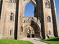 Elgin cathedral - panoramio (1).jpg