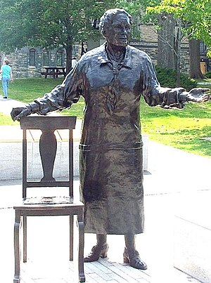 Emily Murphy - Statue of Emily Murphy in the monument to The Famous Five, Parliament Hill, Ottawa