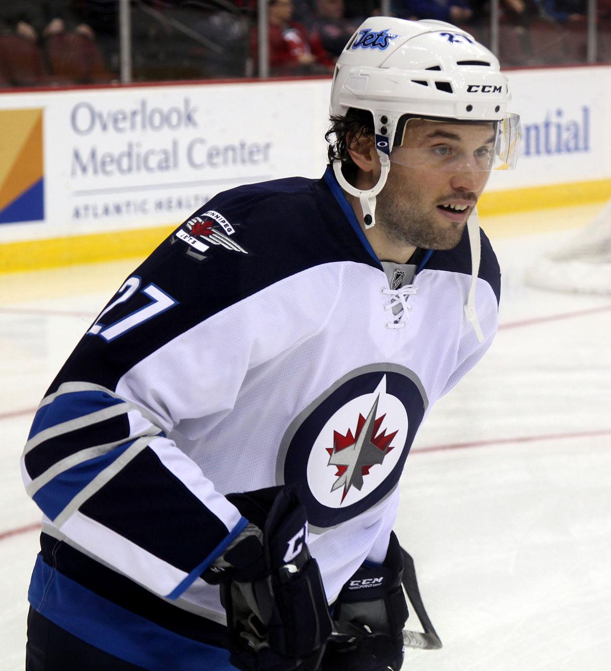 Free Weights Winnipeg: Eric Tangradi