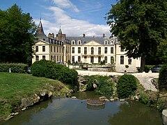 chteau dermenonville faade sud tourne vers le grand parc - Chateau D Ermenonville Mariage