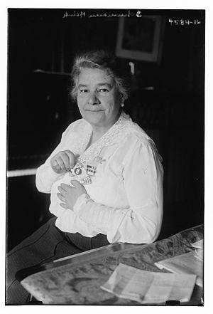Ernestine Schumann-Heink - Image: Ernestine Schumann Heink in 1918