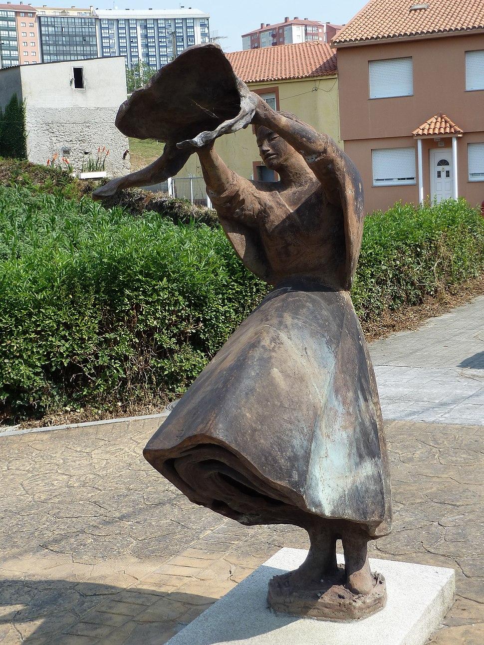 Escultura lavandeiras 4, Feáns, A Coruña