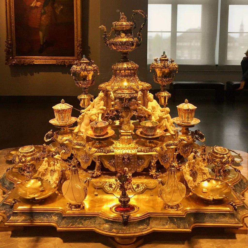 Eu viria a Dresden apenas para visitar o Resideznschloss (33958275570).jpg