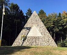 Fürstendenkmal Langenrehm, unter anderem für GeorgV. (Quelle: Wikimedia)