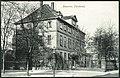 F. Astholz jun. AK 0951 Hannover, Fürstenhof, Bildseite Blick von der ehemaligen Lange Straße in Richtung Bergstraße, im Hintergrund links Neue Synagoge.jpg
