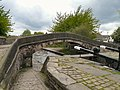 Fairfield Locks Bridge - geograph.org.uk - 1290424.jpg