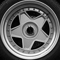 Ferrari F40 wheel - Flickr - exfordy.jpg