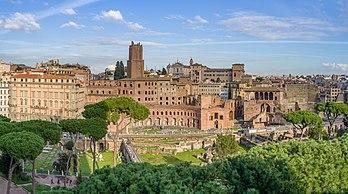 Le forum de Trajan, à Rome. (définition réelle 11119×6195)