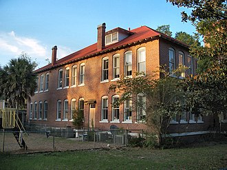 National Register of Historic Places listings in Columbia County, Florida - Image: Fort White School Hist Dist 01