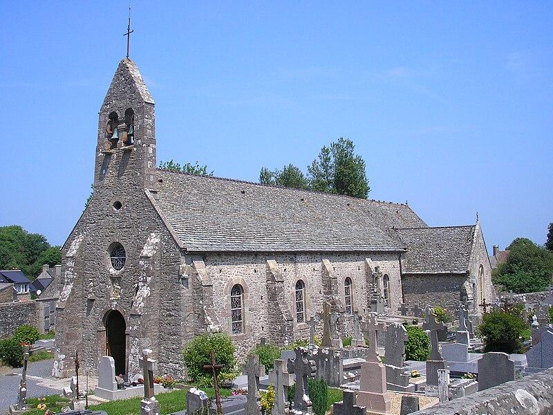 Omonville-la-Petite (Normandie, France). L'église Saint-Martin.