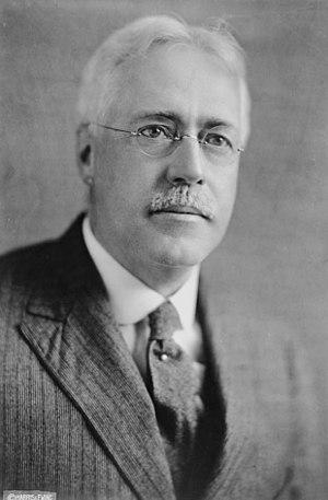 Frank A. Vanderlip (1864 - 1937), an American ...