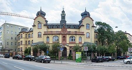 Frankfurt.Nibelungenallee.Buergerhospital.20160814.jpg