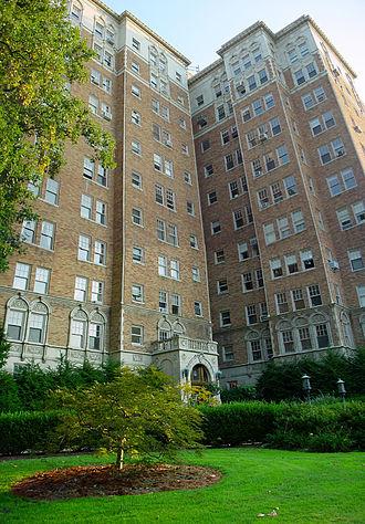 Joseph & Joseph - Commodore Condominiums