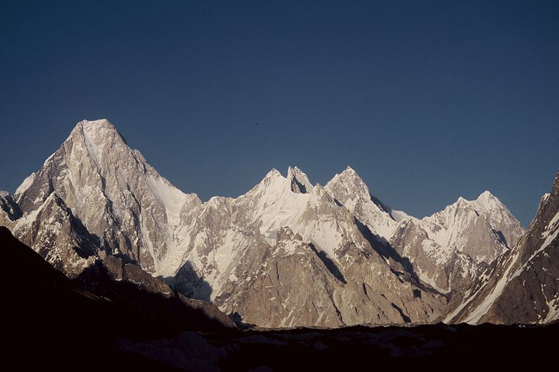 800px Gasherbrum group