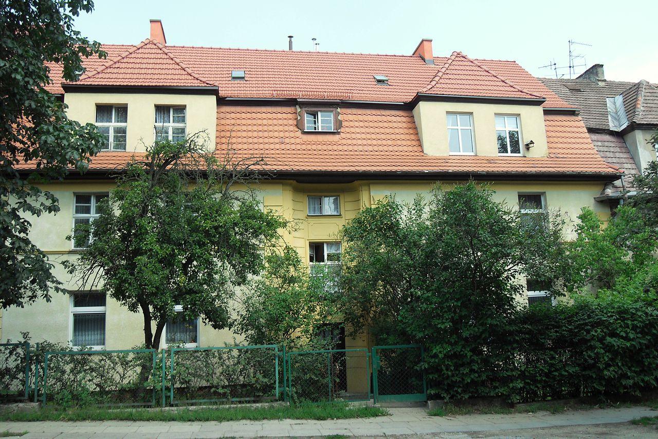 Gdańsk 47 Batory Street - house of Angela Merkel's mother.JPG