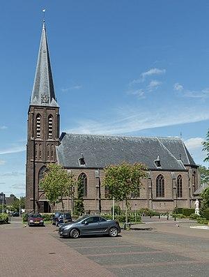 Gendringen - Image: Gendringen, de Sint Martinuskerk RM523700 foto 4 2015 05 14 13.52
