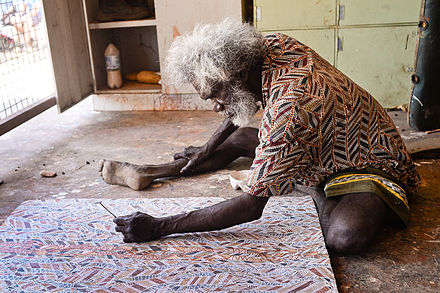 Glen Namundja, an Australian Aboriginal artist from Arnhem Land, at work Glen Namundja.jpg