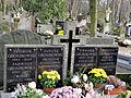 Grave of Janusz Groszkowski and Family - 01.jpg