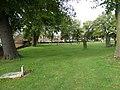 Graveyard at Dunstable Priory (a) - geograph.org.uk - 2659942.jpg