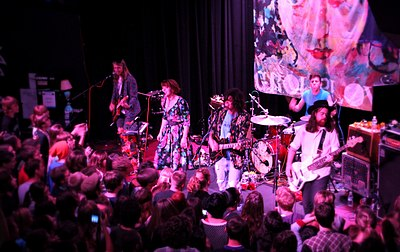 Picture of a band or musician: Grouplove