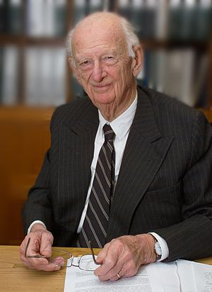 Haldor Topsøe (1913–2013) - Image: Haldor Topsøe HD2008 portrait