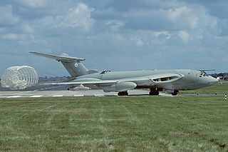 Handley Page Victor 1952 strategic bomber family by Handley Page