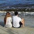 Happy couple (44275267951).jpg