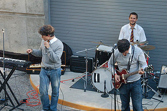 Geek rock - Harry and the Potters performing in June 2007.