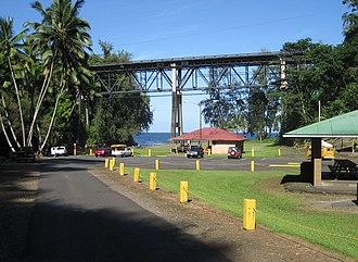 Hawaii Belt Road - Hawaii Belt Road crosses over Kolekole Beach Park