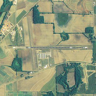 Headland Municipal Airport - NAIP aerial image, 2006