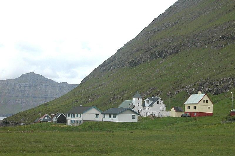 File:Hellur, Faroe Islands.JPG
