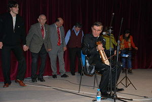 Horon (dance) - Horon with kemenche virtuoso Yusuf Cemal Keskin, Turkey 2007