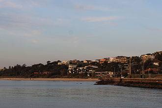 Olivers Hill, Victoria - Image: Houses on Olivers Hill, Frankston (September 2015)