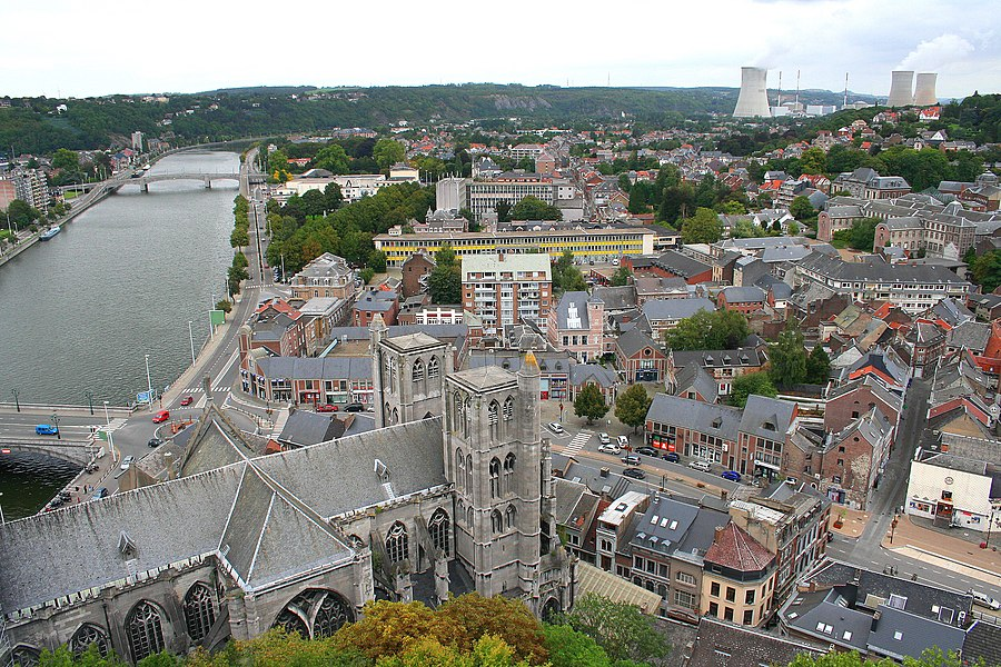 Huy (Belgium), The Notre-Dame Collegiate church (XIVth century), the Meuse and the roofs of the city.