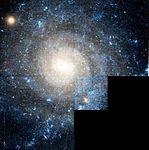 IC 5332 color cutout hst 09042 b6 wfpc2 f814w f450w wf sci.jpg