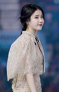 Korean celebrity song ji hyo love scene - 1 part 2