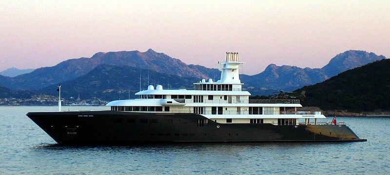 File:Ice - yacht.JPG