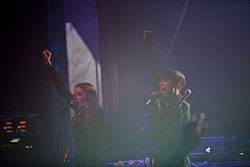 Icona Pop på Peace & Love 2012