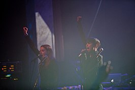 Icona Pop op Peace Love festival 2012
