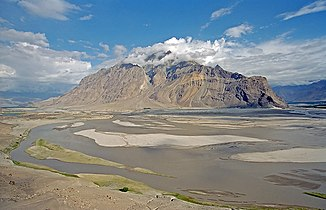 River bed of the Indus at Skardu