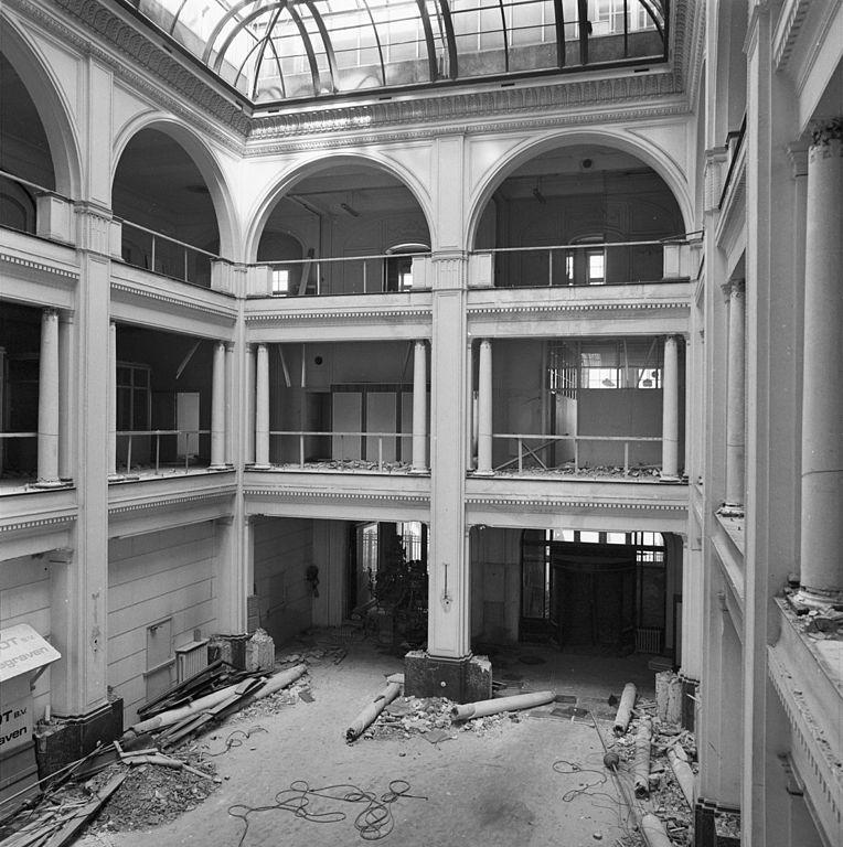 File interieur hal hirschgebouw amsterdam 20018852 for Interieur amsterdam