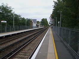 Isleworth station look east.JPG