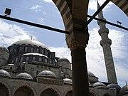180px-Istanbul_-_S%C3%BCleymaniye_camii_-_Foto_G._Dall%27Orto_26-5-2006_-_13