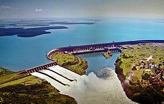 dam in Foz do IguaçuHernandarias